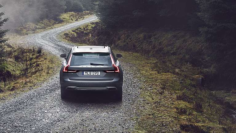 Der Volvo V90 Cross Country in der Heckansicht