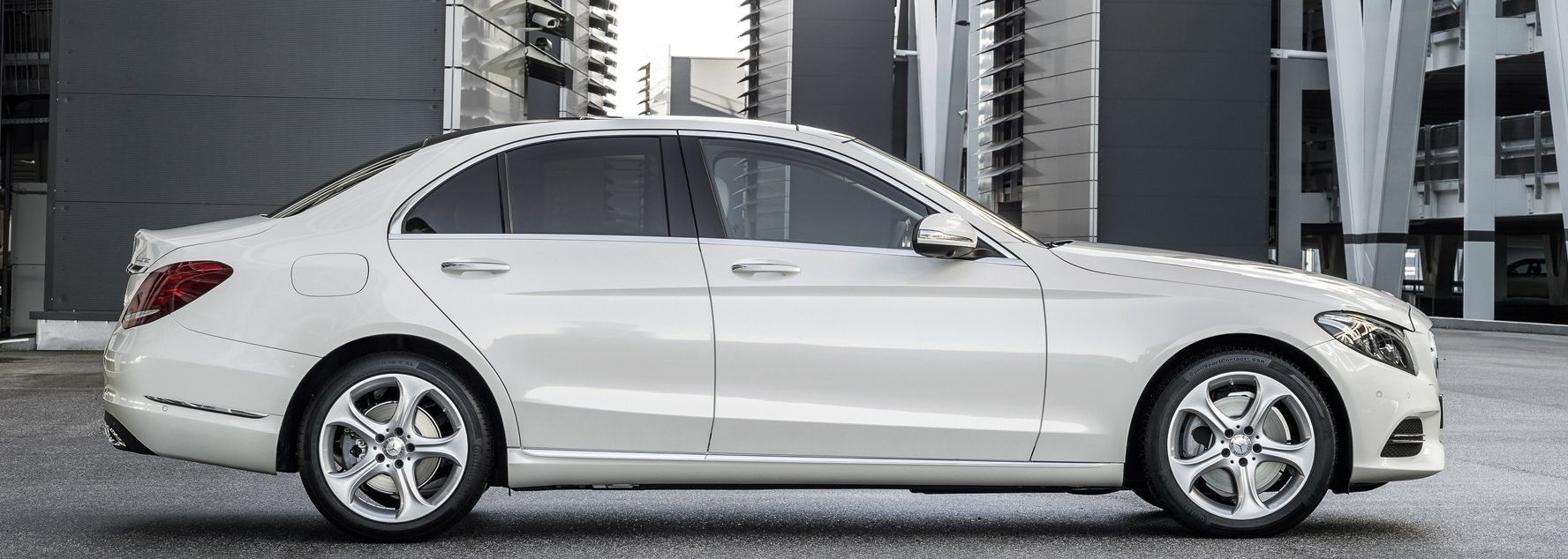 Mercedes benz c klasse limousine lueg for Mercedes benz service c